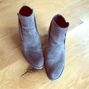 Dolce Vita Suede Booties Size 8